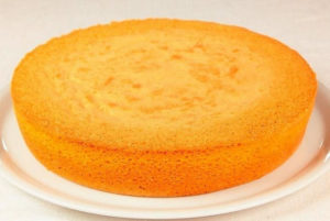Как хранить бисквит после выпечки, чтобы он не черствел