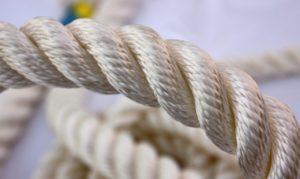 Как следует хранить синтетические канаты и стропы дома