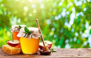 Почему мед не засахаривается при хранении в разных условиях